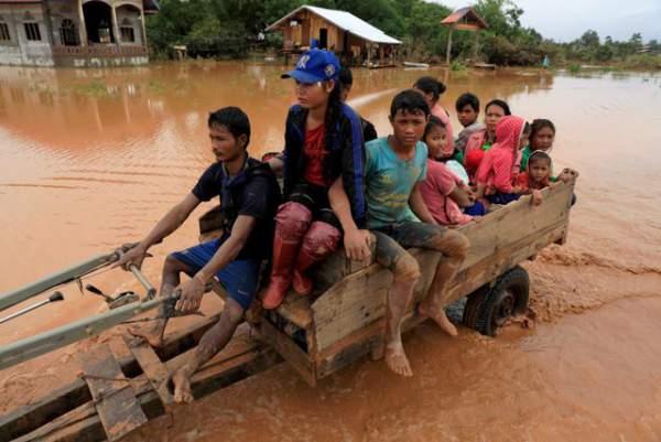 Nước rút bùn ngập, người Lào chật vật trở về nhà sau sự cố vỡ đập 4
