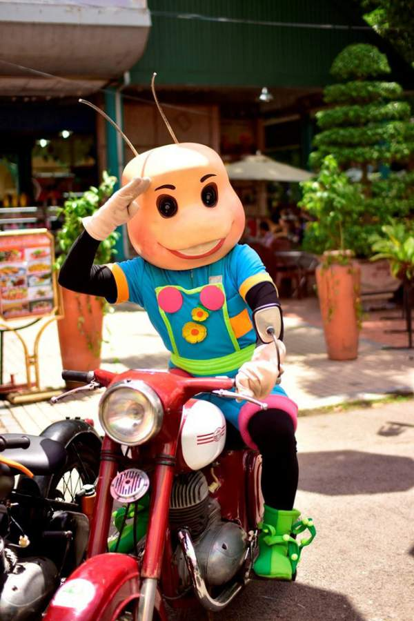 Ngắm những mẫu xe độc, lạ trong ngày hội xe cổ Sài Gòn 9