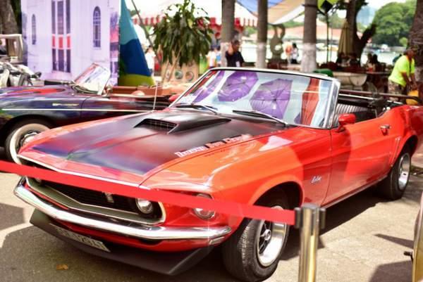 Ngắm những mẫu xe độc, lạ trong ngày hội xe cổ Sài Gòn 4