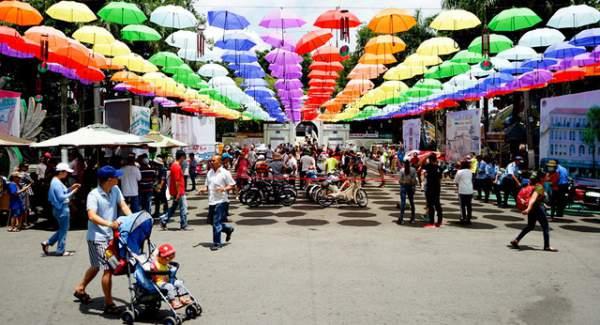 Ngắm những mẫu xe độc, lạ trong ngày hội xe cổ Sài Gòn 1