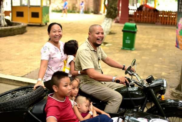 Ngắm những mẫu xe độc, lạ trong ngày hội xe cổ Sài Gòn 7