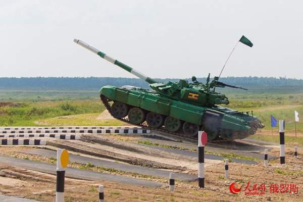 Ảnh ấn tượng tại giải đấu xe tăng quốc tế ở Nga 5