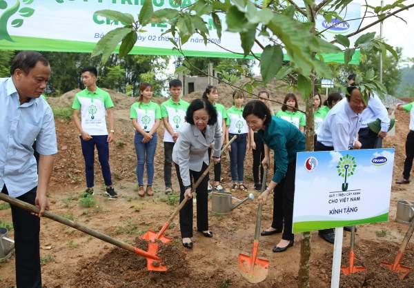 100.000 cây xanh được trồng tại Khu Di tích lịch sử quốc gia Nà Tu – Bắc Kạn 5