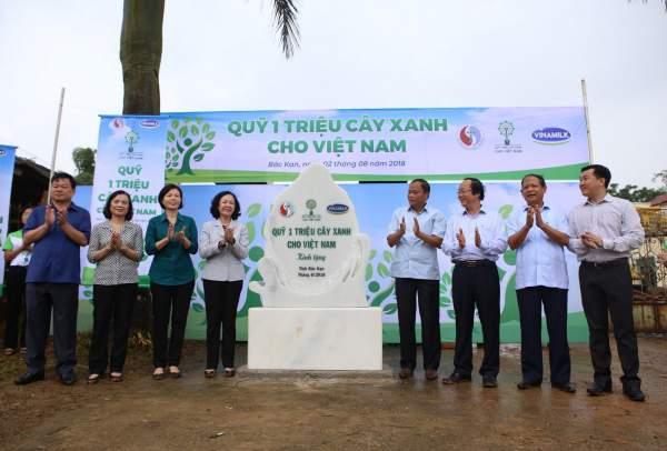 100.000 cây xanh được trồng tại Khu Di tích lịch sử quốc gia Nà Tu – Bắc Kạn 6