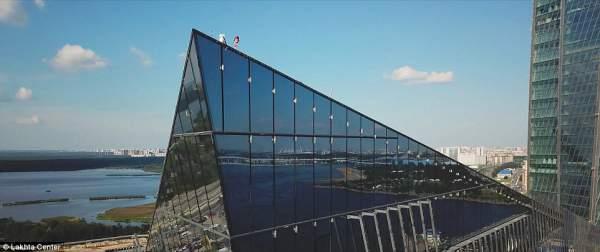 Cận cảnh tòa tháp chọc trời cao nhất châu Âu tại Nga 7