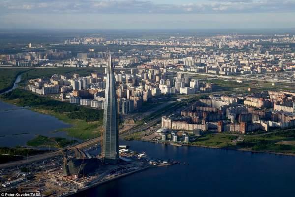 Cận cảnh tòa tháp chọc trời cao nhất châu Âu tại Nga 4