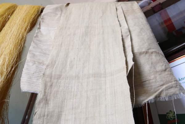 Người phụ nữ dệt lụa từ tơ sen đầu tiên ở Hà Nội 10