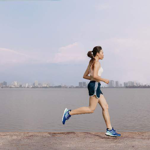 """Trang Hạ: """"Sau Boston Marathon, tiếp tục chạy Manulife DNIM 2018 để lập kỷ lục cá nhân"""" 1"""