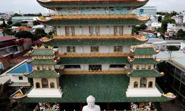 Ngôi chùa có chánh điện cao nhất Việt Nam đẹp như tranh ở Sài Gòn 10