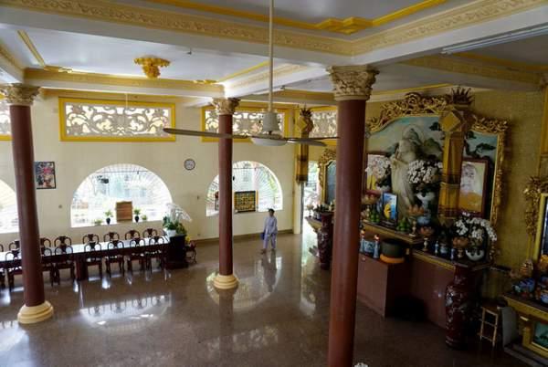 Ngôi chùa có chánh điện cao nhất Việt Nam đẹp như tranh ở Sài Gòn 4