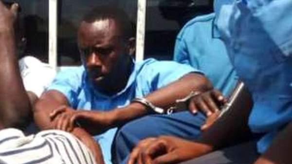 Châu Phi: Hiệu trưởng trường cao đẳng bị bắt quả tang mạo danh đi thi hộ 2