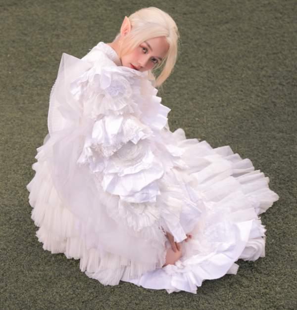 Thiều Bảo Trang gây bất ngờ với hình ảnh nàng tiên tộc tóc trắng 4