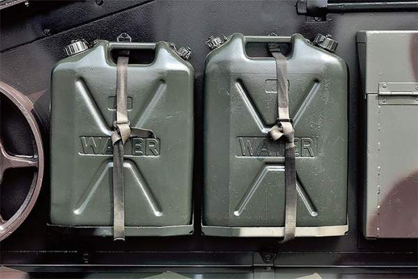 Câu chuyện về chiếc can đựng xăng - Thứ đã mang lại lợi thế cho Đức quốc xã thời thế chiến thứ 2 2