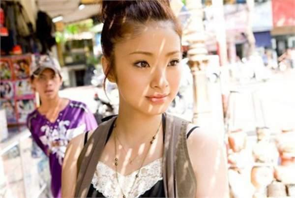 """""""Mỹ nữ Nhật rong chơi ở Việt Nam"""" nuột nà như gái 18 2"""